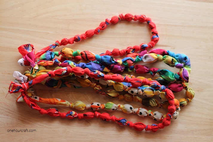 fabric necklace9